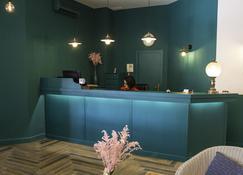 Hotel Maestrazgo de Calatrava - Almagro - Front desk