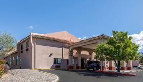 Quality Inn & Suites - Albuquerque - Bygning
