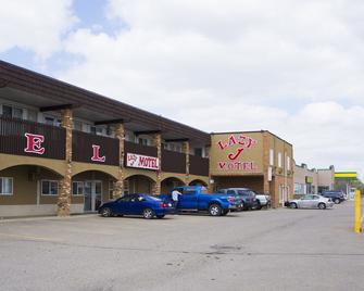 Lazy J Motel - Claresholm