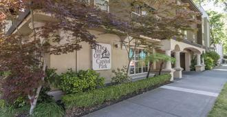 Inn Off Capitol Park Ascend Hotel Collection - Sacramento - Building