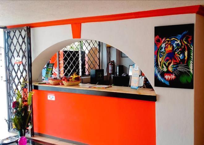 Hotel Torre del Centro - Tuxtla Gutiérrez - Recepción