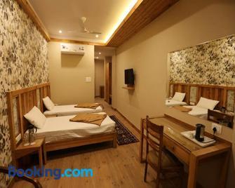 D'S Casa - Dharamsala - Bedroom