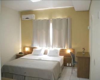 Hotel Uirapuru - Araraquara - Schlafzimmer
