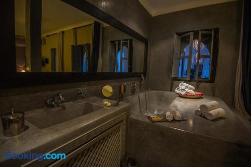 Riad Utopia Suites & Spa - Marrakesh - Bathroom