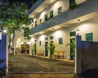 Colombo Beach Hostel - Dehiwala-Mount Lavinia - Byggnad