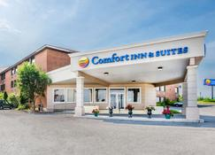 Comfort Inn & Suites - Barrie - Building
