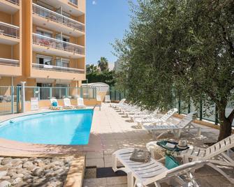 Pierre & Vacances Résidence La Rostagne - Antibes - Pool