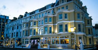 The Albany Lions Hotel - Eastbourne - Building
