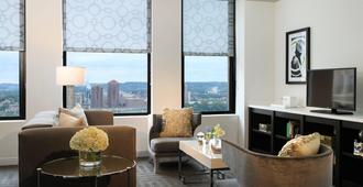 Renaissance Cincinnati Downtown Hotel - סינסינטי - סלון