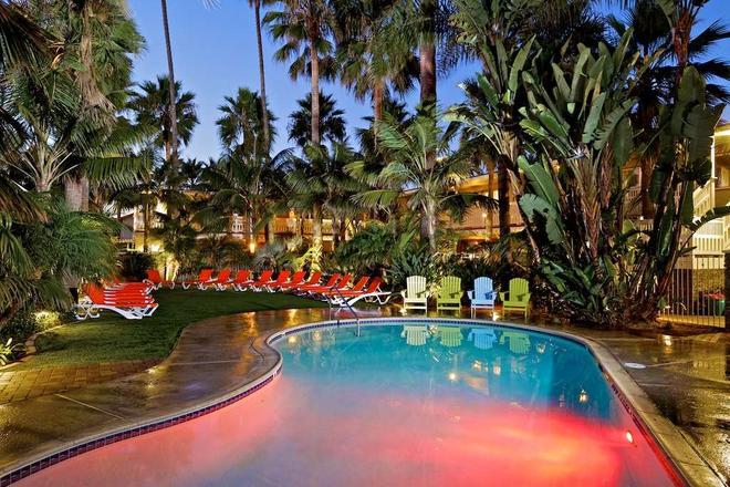 Ocean Palms Beach Resort - Carlsbad - Pool