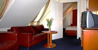 Suite Hotel 900 m zur Oper - Viena - Sala de estar