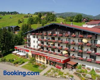 Sporthotel Walliser - Hirschegg (Vorarlberg) - Building