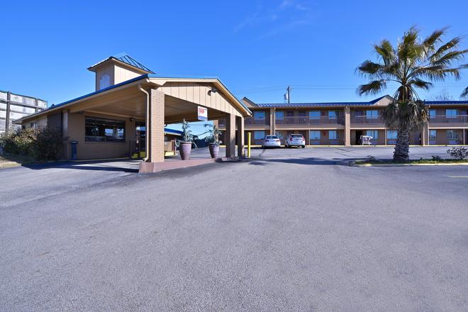 Americas Best Value Inn Center - Center - Gebäude