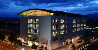 Ramada by Wyndham Podgorica - Podgorica