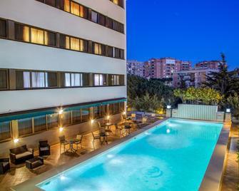Hotel Enea Pomezia - Pomezia - Pool
