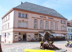 Hotel Paríz - Jičín - Building