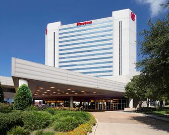 Sheraton Arlington Hotel - Arlington - Building