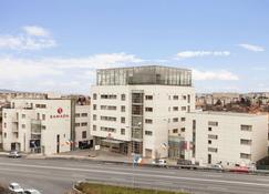 Ramada by Wyndham Cluj - Cluj-Napoca - Gebouw