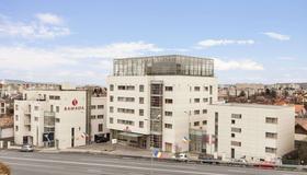 Ramada by Wyndham Cluj - Cluj Napoca - Building