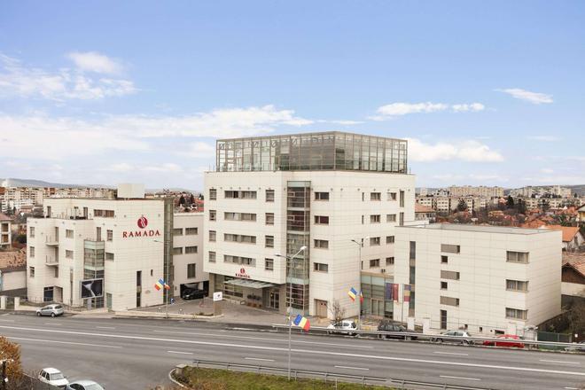 Ramada by Wyndham Cluj - Κλουζ-Ναπόκα - Κτίριο