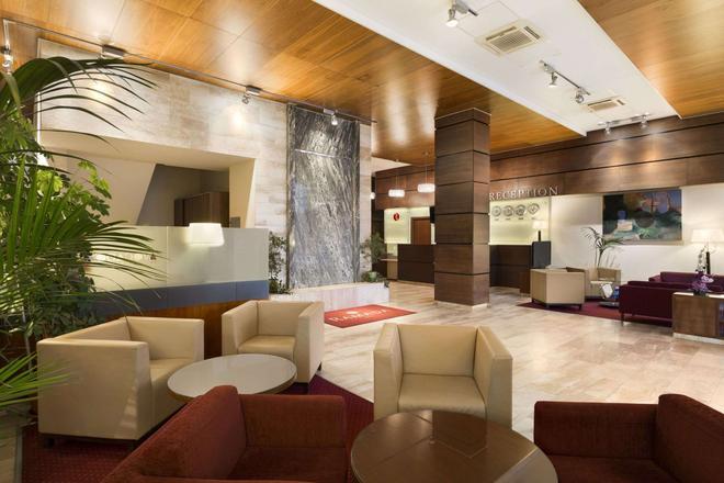 Ramada by Wyndham Cluj - Κλουζ-Ναπόκα - Σαλόνι ξενοδοχείου