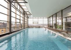 克盧日華美達酒店 - 克路治 - 克盧日-納波卡 - 游泳池