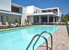 Hotel Maximilian - Bardolino - Pool