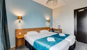 Hotel Le Bretagne - Rennes - Bedroom