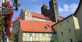 Hotel Domschatz - Quedlinburg - Gebäude