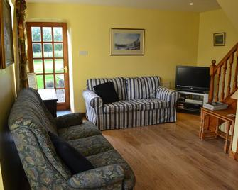 Peaceful, cosy cottage in beautiful Highland Perthshire in beautiful scenery - Dunkeld