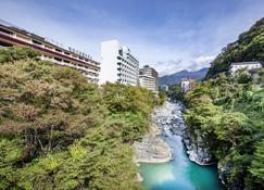 Kinugawa Onsen Hotel - Nikkō - Outdoors view