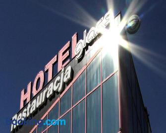 Hotel & Restauracja Glass - Radom - Building