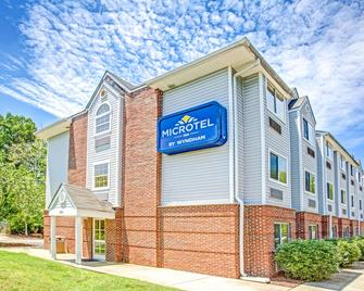 Microtel Inn & Suites by Wyndham Newport News Airport - Newport News - Toà nhà