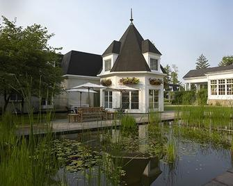 Langdon Hall Country House Hotel & Spa - Кембридж - Building