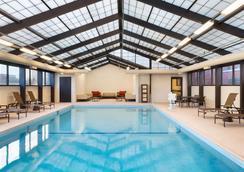 Hyatt Place Chicago Schaumburg - Schaumburg - Pool