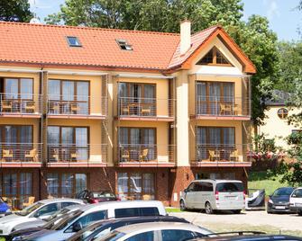 Willa Florek - Rewal - Gebäude