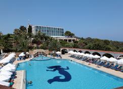 Denizkizi Hotel - Kyrenia - Pool