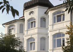 Strandhotel Binz - Binz - Building