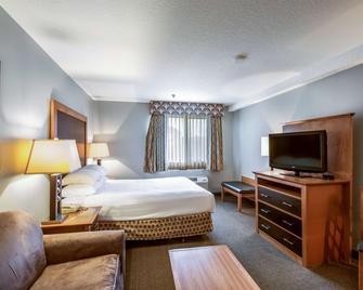 Red Lion Inn & Suites Seaside - Seaside - Bedroom