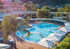 艾克提酒店 - 利帕里 - 利帕里 - 游泳池