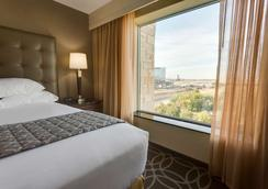 Drury Inn & Suites Dallas Frisco - Frisco - Makuuhuone