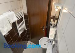 Pension Happy Day - Sibiu - Bathroom