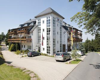 Hotel Zum Baeren - Altenberg - Building