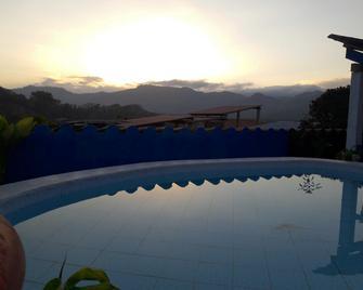 Hotel Posada de Belssy - Copán (sitio arqueológico) - Piscina