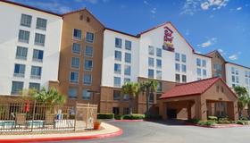 Red Roof Inn Plus+ San Antonio Downtown - Riverwalk - San Antonio - Bâtiment