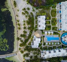 Las Terrazas Resort and Residences