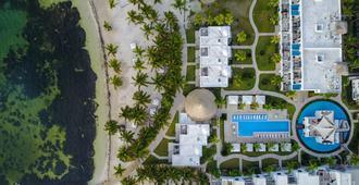 Las Terrazas Resort and Residences - San Pedro Town - Toà nhà