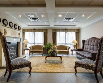 Monte Carlo Inn Oakville Suites - Oakville - Lounge