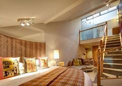 Oddfellows - Chester - Bedroom