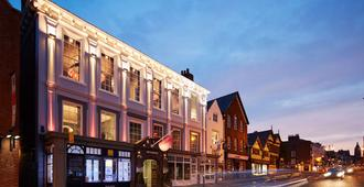 Oddfellows - Chester - Edificio